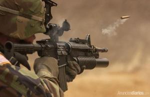 militar-disparando